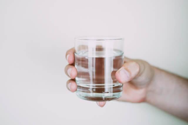 Jam Jam Terbaik untuk Minum Air Putih